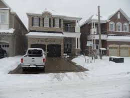 snow melting driveway system in Mundelein, Illinois - 4B Systems